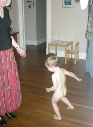 Naked dancer (Large)
